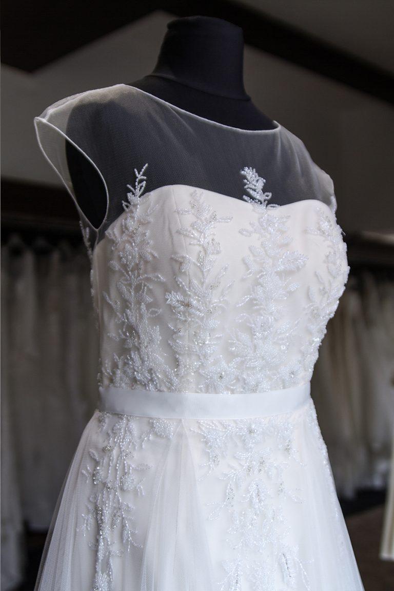 Brautkleidung